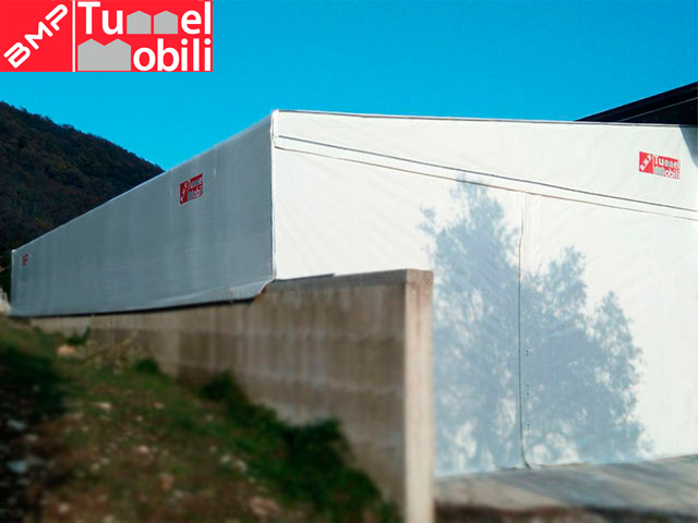 tunnel pvc monopendenza laterale