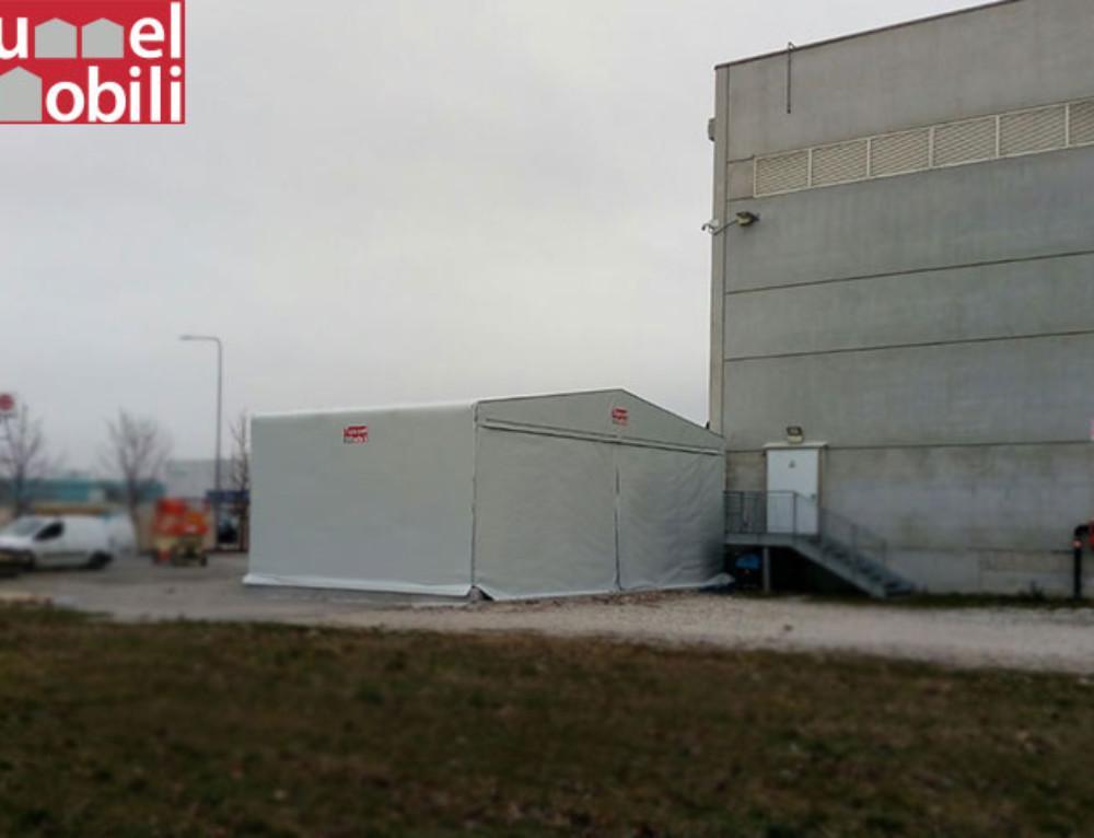 I capannoni telonati Tunnel Mobili in provincia di Udine per Aster Coop